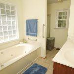 The Savannah bathroom